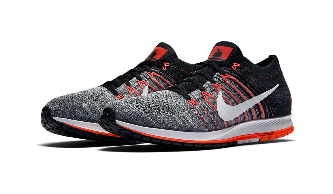 Nike Flyknit Streak LE NYC Running Shoe- Alton Sports da4a874c2