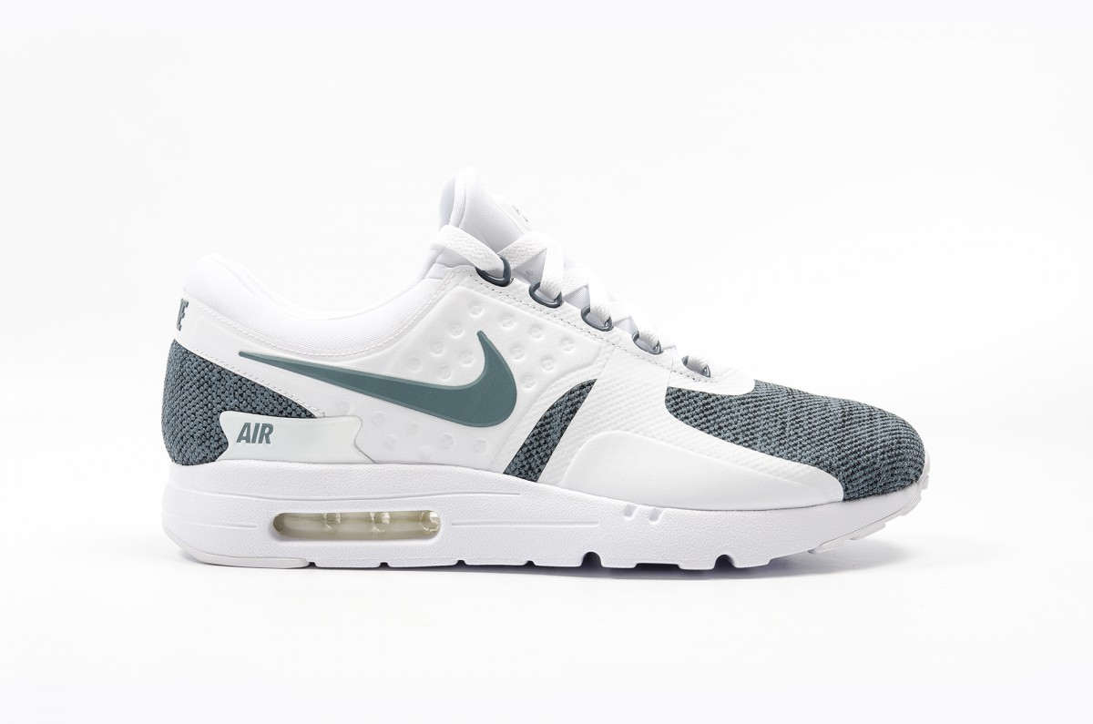 new arrival c6cd1 8abdc Nike Air Max Zero SE Men's Lifestyle Shoe