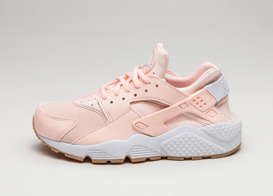 nike air huarache women 39 s shoes sunset tint alton sports. Black Bedroom Furniture Sets. Home Design Ideas